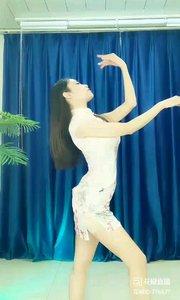 #舞姿优美  #性感不腻的热舞  @✨火爆猴?  #我怎么这么好看  #主播的高光时刻