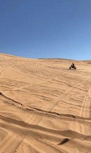 乌兰布和沙漠乌海营地摩托冲坡!
