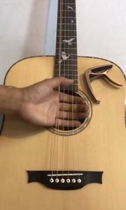 很多新手学吉他不知道如何下手,这个教#吉他教学 学看了后或许有一定眉目,加油?