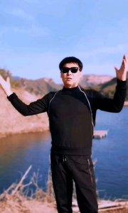 大家好,我是《到我怀里来》原唱邵峰 喜欢的朋友关注一下我❤ 直播唱歌给你们?❤