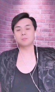 大家好,我是《到我怀里来》原唱邵峰 喜欢的朋友关注我哦 直播唱歌给你们?