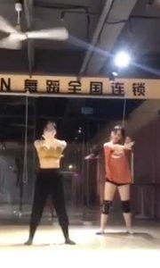 《像鱼》舞蹈片段2⃣️