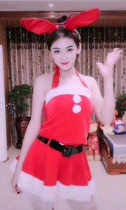 #圣诞cos大挑战 #我是辣妹不爱浪费 #我的冬日限定 #冬至吃汤圆or饺子大PK 兄弟姐妹,圣诞快乐??