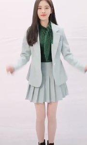 鞠婧祎跳舞