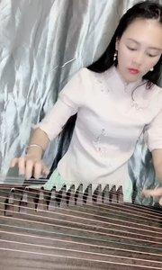 弹琴的时光总是最幸福的!