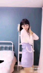 @樱桃?小皮蛋 #性感不腻的热舞 花椒最清纯的女孩,这份甜美赛过最清澈的甘泉