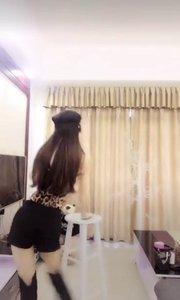 豹纹控!@你的公主 诱惑热舞,自备纸巾啊