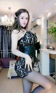 @徐梦菡Miya烈焰红唇跳性感热舞,魅力十足