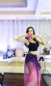 @哎呦我仙 淡紫薄纱水蛇腰,搅动着我的心