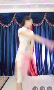 #9月燃王海选赛 #守艺中华 #花椒音乐人 #全站最美美腿 #李蔓乐 #性感不腻的热舞 我们家女神小公主@李蔓乐 歌曲《筝语》被@Anne.古典舞? 用旗袍演绎片段2