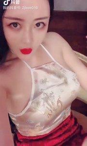 我喜欢你抽雪茄的样子……