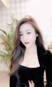 #短发vs长发女孩 #花椒好舞蹈 ???@花椒头条