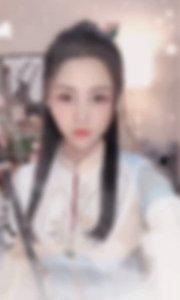 月儿祝大家中秋节快乐?#花椒之子