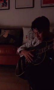 #花椒音乐人 #吉他弹唱   还记得年少时的梦吗?