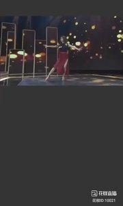 #2019巅峰之战 #妙音如水 @妙音如水? 2019巅峰之战舞王之争12进8-性感热舞