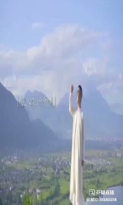 #丈夫圣賢尊 #花椒音樂人 #我怎么這么好看 #慈悲圣蓮心 #無上圣賢道 #無上圣慈美 #無上丈夫尊 #無上最棒噠!  接前面小視頻寫:  …甚至某一天會體驗死亡!別怕,你所感受的一切,都是能成就蓮花的淤泥。我能聞到海水的味道,我能聽到瀑布的聲音,我能看到這人間最美的景色,只要學會轉念,總會有蓮花盛開的,不是嗎?,,,煩惱放下即菩提,心得轉念是大千。。。  感恩親愛丈夫尊,無上圣潔圣蓮心,圣賢之道菩提香。無上慈悲曼殊勝,一葉蓮心如心行。丈夫圣賢尊,無上最棒噠!???????????????????????