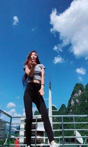 广西丽江轮船热舞