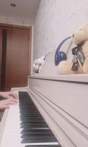 #9月你好 #我有独特的才艺技巧 #闪耀音乐新星 昆明九月的天气真好,暖暖的日子里适合听一首温柔的古典钢琴曲【水边的阿狄丽娜】,柳柳弹奏送给家人们??? @花椒热点 @aiwenaiwu1941
