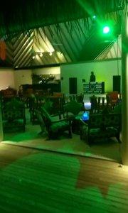 马尔代夫的酒吧?