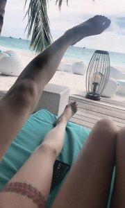 阳光和椰子?