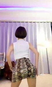这里有一个特别性感的花椒小视频,你要不要来打开ta?
