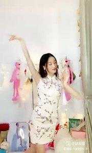 @欣宝er(106999111)小姐姐这支舞时而美中画?时而水中仙?难道这就是传说中的天外飞仙?快来围观吧。