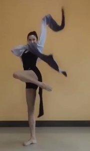 么么哒? #女神范儿 #舞蹈达人