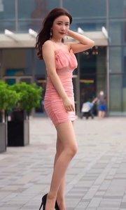 #街拍美女#大长腿#秀身材
