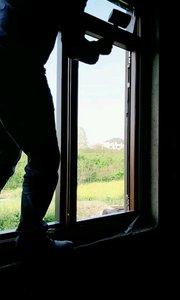 金刚网一体窗安装中
