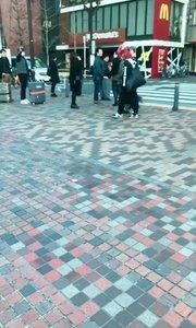 小日本街真干净!