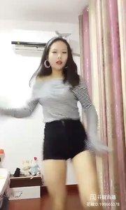#女神范儿  ID:199665078 #性感不腻的热舞