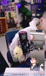 @张尧(88844484)直播间  @鑫大宝 参加花椒自制节目《宠爱有+》后知名度已经打出去了,各种邀约不断