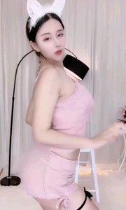 @恩雅Nya(25105372)化身性感小野兔,娇俏且迷人