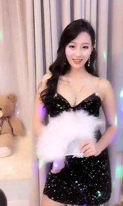#性感不腻的热舞  好想有像个@熊猫姐姐 ?✨?️  这样的女人陪我一起在舞厅过夜生活