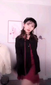 #性感不腻的热舞 #主播的高光时刻  @舞小妖…? 像是一位帅气 的小巫女,这个瞬间被你施了法术,身心都你的影子