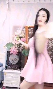#性感不腻的热舞 #我怎么这么好看  @晴子512 像是个小仙女,降落在凡尘,有点小心动有点不知所措