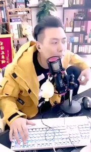 @张尧(88844484)路人问来么?赶紧回应不来不不是直播间,直接拒绝三连,难道是怕了?