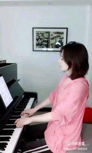 @杨枣枣??? @花椒热点 来听一段钢琴曲,陶冶一下情操