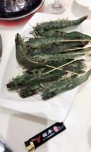生吃青岛大虾