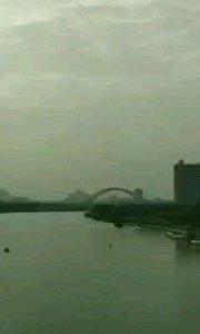 单车带你去旅行 广西南宁欢迎你 邕江北大桥上拍摄#户外动起来