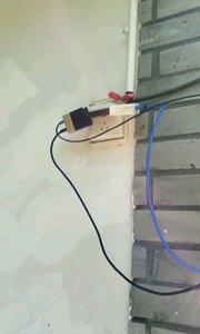 有个可以充电的地方就歇了吧