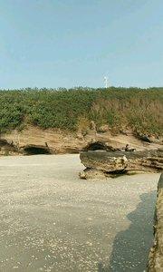 涠洲岛石螺口 下午有拍涠洲岛宣传片的一堆人  #去哪儿过年