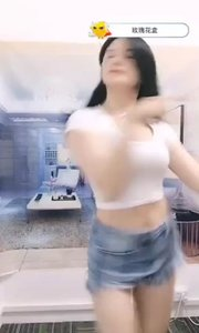 #花椒好舞蹈 #主播的高光时刻#花椒音乐人  @凌悠悠? ,人美声甜,劲歌热舞,只待人欣赏,不想错过主播的精彩直播?戳上方主播昵称,直接到个人主页进行关注