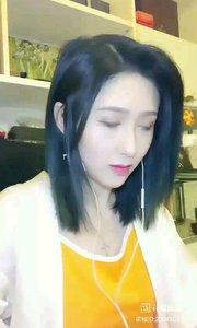 #今日主播最美穿搭 @花椒动态 @张公子·ZXJ 这穿搭有木有想吃煎蛋的感觉。