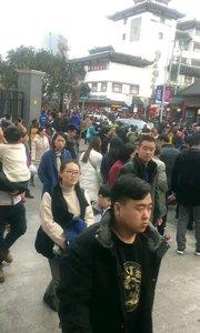 上海城隍庙大年初一人山人海