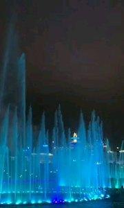 珠海长隆海洋王国1:灯光喷泉
