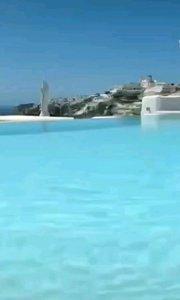 """爱情海(⑉°з°)-♡(爱琴海)位于地中海东北部、希腊和土耳其之间。爱琴海岛屿众多,所以爱琴海又有""""多岛海""""之称。"""