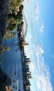 那一天在悉尼最佳观赏日落的地方待了3、4小时… 谁知太阳在我身后落了…[捂脸]我却一直面朝大海在吹风…